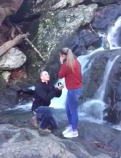 Torpe propuesta de matrimonio